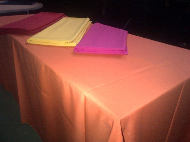 101-party-hire--tablecloth-hire--table-linen-hire--tablecloth-rectangular-linen--plain
